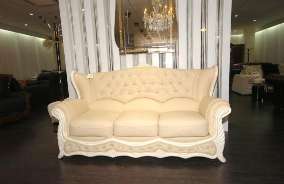 NRC wk14-12 Furniture shop 003